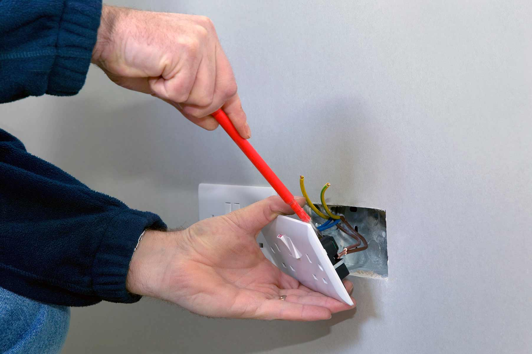 Our electricians can install plug sockets for domestic and commercial proeprties in Clacton On Sea and the local area.